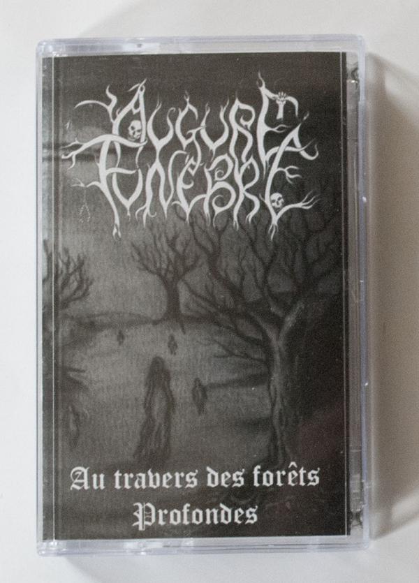 Au Travers des Forêts Profondes (Tape)